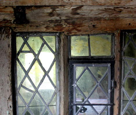 window-469-x-398